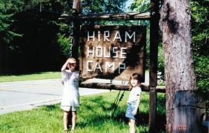 2000JulyHiramHouseCampGeck